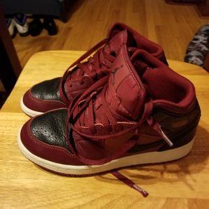 Big Boys Sneakers Burgundy